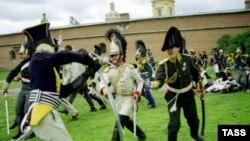Военные игры у Петропавловской крепости