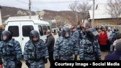 Krımda tatarlar saxlanır, 11 fevral, 2016-cı il