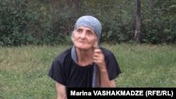 Элизабет Стоунның туған анасы Лиана Кхурцидзе