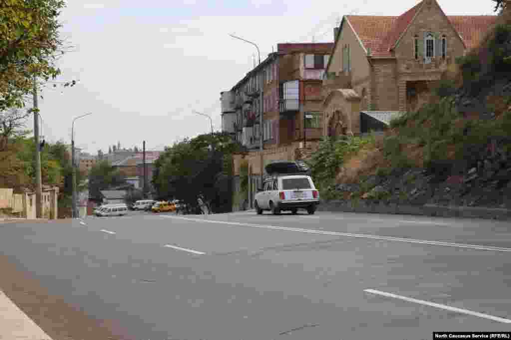 На всех отремонтированных улицах до начала работ были заменены ветхие инженерные сети.