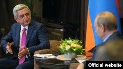 Ռուսաստան -- Հայաստանի նախագահ Սերժ Սարգսյանը իր ռուս գործընկերոջ հետ հանդիպմանը, Սոչի, 9-ը օգոստոսի, 2014թ․