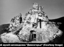 Пещерный комплекс в Больших Дивах в процессе реставрации