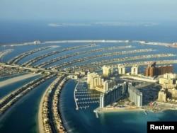 Вид с воздуха на курорт Палм-Айленд в Дубае