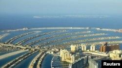 نمایی از یکی از جزایر مصنوعی سه گانه امارات متحده عربی در سواحل دوبی