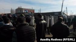 Бала Бехменли айылындагы нааразылар. Азербайжан. 13-январь, 2016-жыл