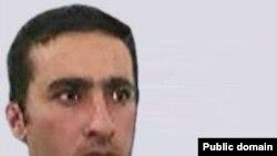 تصویر منتسب به «عزالدین عبدالعزیز خلیل» که به گفته آمریکا از حامیان کلیدی القاعده به شمار میرود و در ایران ساکن است.