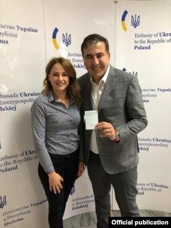 Михаил Саакашвили получает разрешение на возвращение в посольстве Украины в Варшаве