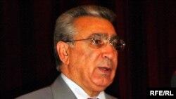 Рамиз Мехтиев, глава президентской администрации не доволен качеством телепередач