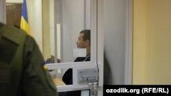 Акбарали Абдуллаев, племянник Татьяны Каримовой, супруги покойного президента Узбекистана Ислама Каримова, в зале суда. Киев, 6 февраля 2017 года.