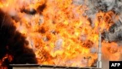 مردان مسلح در پاکستان به تانکرهای حامل سوخت حمله کردند