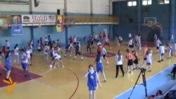 أخبار مصوّرة 20/05/2014: من نهاية أعمال الشغب في مقدونيا إلى المساعدة الأمريكية للاعبي كرة السلة الشباب في مولدوفا