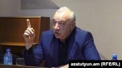 ԵՊՀ Իջևանի մասնաճյուղի տնօրեն Սամվել Առաքելյան