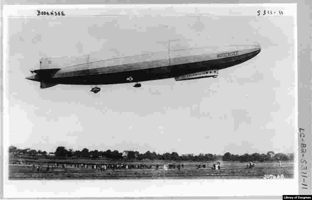 The German airship Bodensee makes its daily flight from Berlin to Friedrichschafen in October 1919.