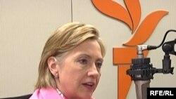 Hillary Clinton daje intervju za RSE