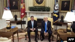 Klaus Iohannis și Donald Trump la precedenta întâlnire de la Casa Albă, de la 9 iunie 2017