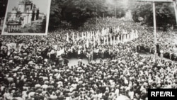 Українська греко-католицька церква легально відновила діяльність в Україні після кількасоттисячної демонстрації у Львові 17 вересня 1989 року