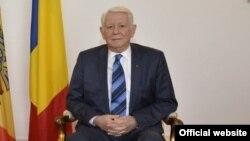 Ministrul român de externe.