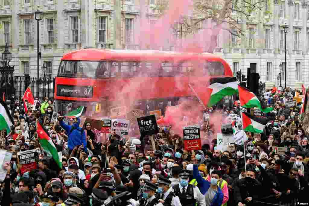 Palesztinpárti tüntetés Londonban május 11-én.