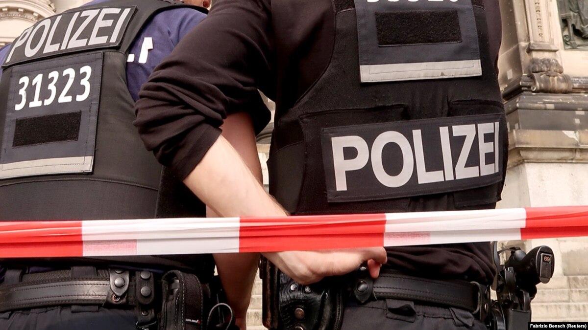 Германии неизвестный открыл стрельбу у синагоги, двое погибших
