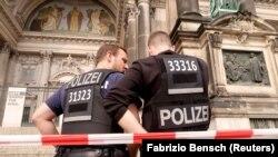 Policë gjermanë. Foto nga arkivi