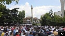 Protesta e mbajtur për të kërkuar ndërtimin e xhamisë