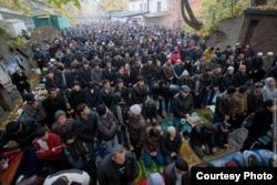 Мусульмане Калининграда в недостроенной мечети