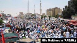 Tubimi i mbështetësve të Morsit sot në Kajro