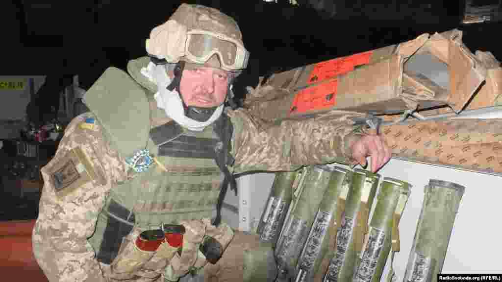 Підготовлений до бою запас гранатометів всередині«нового» терміналу