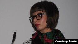 """Ана Василева, феминистка и активистка во неформалната организација """"Бори се женски""""."""