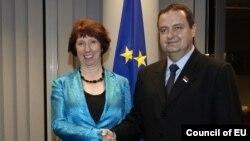 Shefja e diplomacise evropiane, Catherine Ashton dhe kryeministri i Serbise, Ivica Dacic, foto nga arkivi