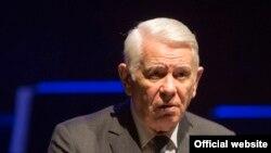 Lui Teodor Meleșcanu i se cere demisia pentru neregulile de la votul diasporei