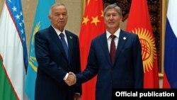 Кыргызстандын президенти А. Атамбаев менен Өзбекстандын президенти И. Каримов