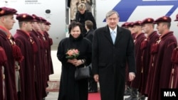 Претседателот на Словенија при посетата на Скопје