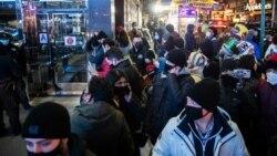 استفاده از ماسک توسط شهروندان امریکا در جریان همهگیری ویروس کرونا