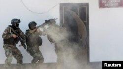 Антитеррористические учения на вокзале в Бишкеке. Иллюстративное фото.