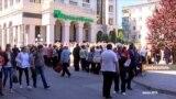 Долги крымчан и истребление псов (видео)