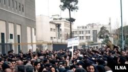 در دو سال گذشته اعتراض های مکرر معلمان با برخوردهای شدید امنیتی دولت روبرو شد.