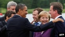 Меркел расположена, Камерун разочаран