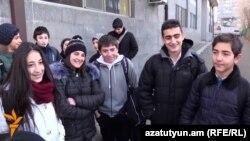 Armenia - Students of the Yerevan School No. 145 speak to RFE/RL's Armenian service, 15Dec2015.