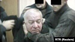 ФСБ-но Скрипаль Сергей лоцуш даьккхина сурт, 2004 шо.