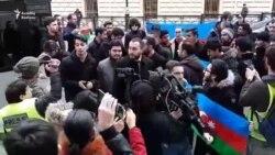 İranın Bakıdakı səfirliyi qarşısında etiraz aksiyası keçirildi