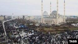 Митинг в Грозном, за который, как считают депутаты, им полагается зарплата