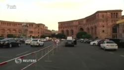 Yerevan Papa Francisin gəlişinə hazırlaşır