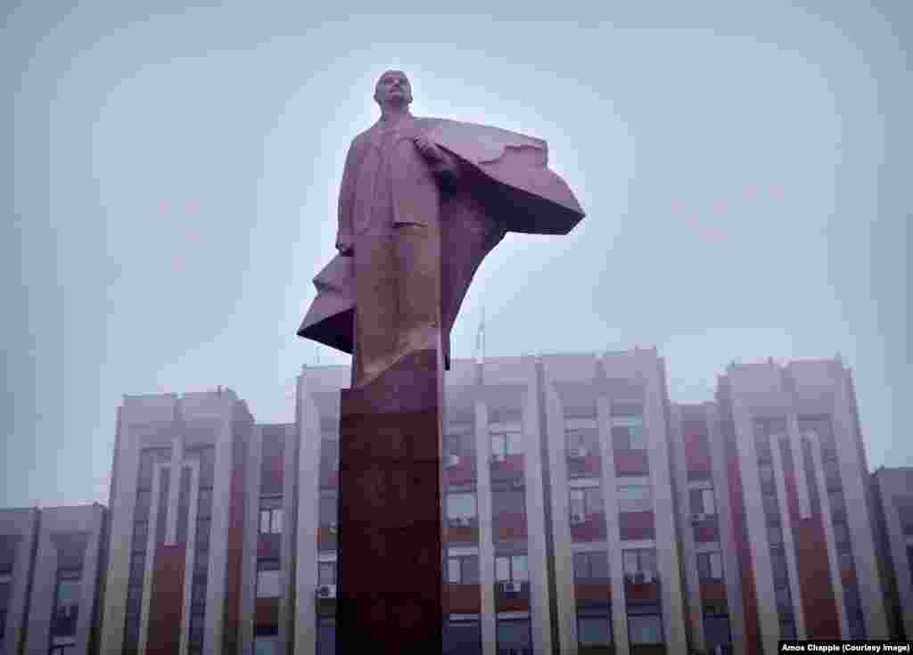 Tiraspol, Moldova: A marble Lenin in front of the central administration building of Transdniester. Public funds pay for the upkeep of Soviet monuments in the breakaway region.