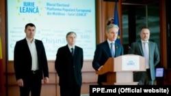 Liderii de partide care au format Blocul electoral al lui Iurie Leancă la alegerile generale locale din 2015. Primul din stânga: Vasile Costiuc