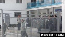 Заключенные в женской колонии близ Шымкента. Иллюстративное фото.