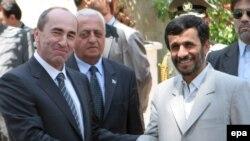 İran və Ermənistan prezidentləri qaz kəmərinin çəkilməsini razılaşdırıblar