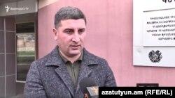 Губернатор Гегаркуникской области Гнел Саносян беседует с Радио Азатутюн, Гавар, 29 апреля 2020 г.