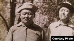 Турманбет Эргешбаев с братом Токтоназаром.