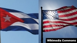 Generic -- State flags of US and Cuba